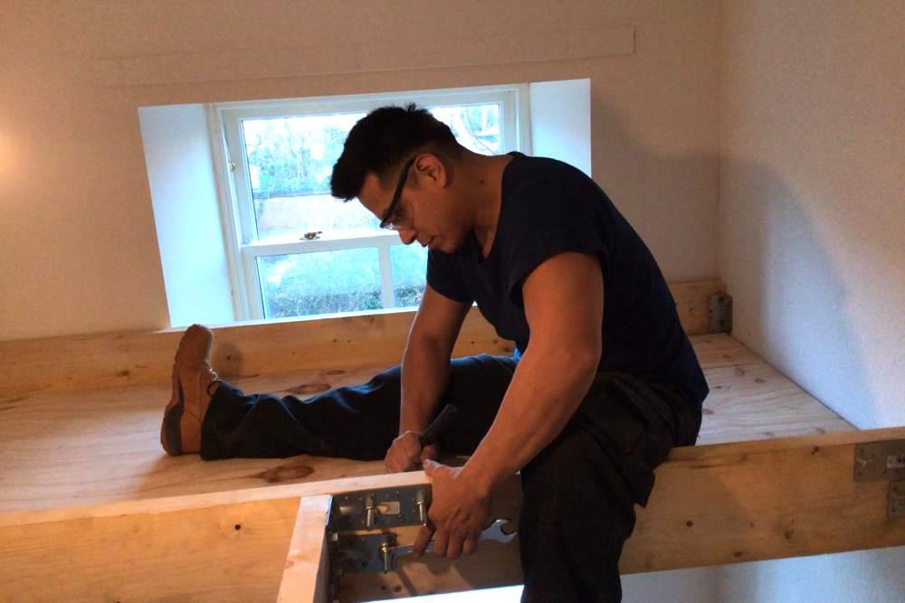 Carpentry jobs handyman edinburgh